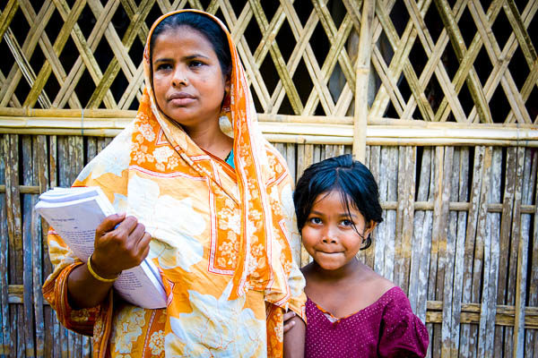 Bangladeshi woman and child