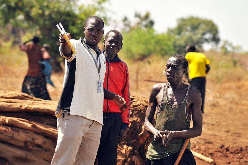 Road costruction workers in Uganda