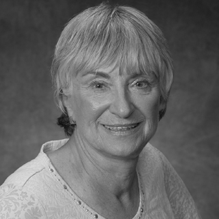 Dr. Sandra Brown