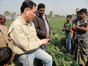 Teaching farmers about quality standards for eggplants