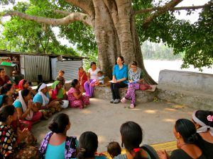 F2F volunteer Vanessa Taylor meets with women farmers in Nepal