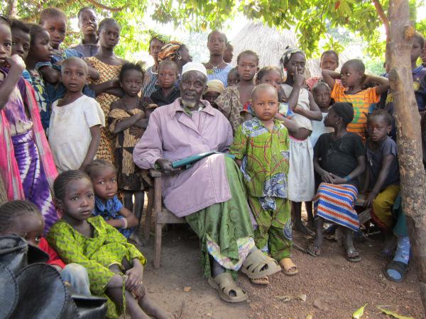Nialya children and the village chief