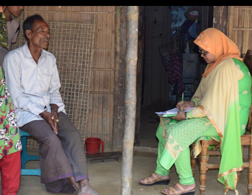 The CREL/JDR 3RD Wetland team surveys households in Gondhorbopurat and Berkuri villages, near the Kawadighi wetland.