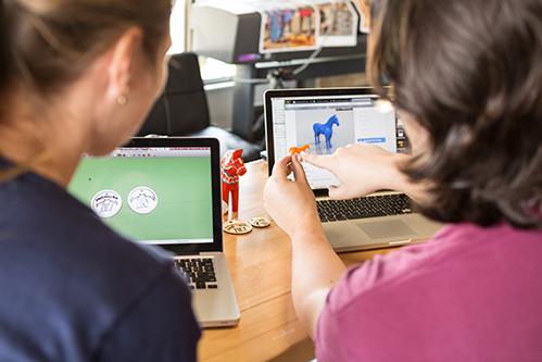 Arkansas's Innovation Hub provides maker spaces with 3-D printers for budding entrepreneurs.