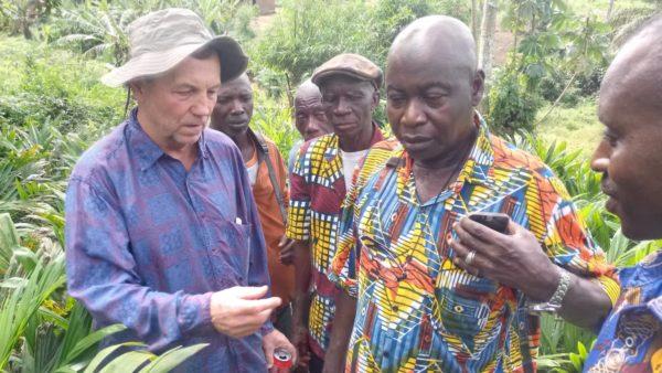 Discussing proper pesticide use in the field